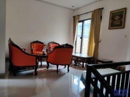 Rumah disewakan semi furnish di daerah kahfi II Srengseng Sawah Jaksel -> Ruang santai keluarga di lt.2