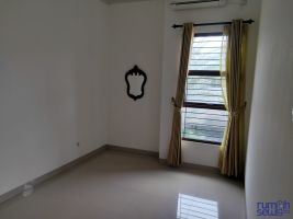 Rumah disewakan semi furnish di daerah kahfi II Srengseng Sawah Jaksel -> Kamar Tidur di lt.2