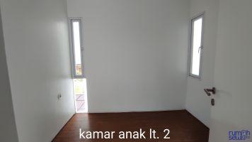 Disewa Rumah Lokasi Strategis Ujung Blok Beranda Mas Komplek Vida -> Kamar Lt 2