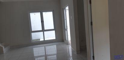Disewakan Rumah  di Kota Wisata Cibubur – 3 Kamar Tidur - pemilik langsung -> Lantai Bawah Ruang Keluarga