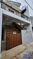 Disewakan Unit Kontrakan Modern Minimalis Bangunan Baru Jl. Bumi Indah, Kebon Jeruk, Jakarta Barat -> Tampak Depan