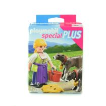 PLAYMOBIL COUNTRY WOMAN WITH CALVES