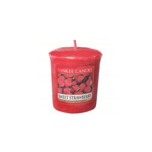 YANKEE  SWEET STRAWBERRY CANDLE VOTIVE 50 GR
