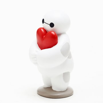 DSSHO BAYMAX WITH HEART_1