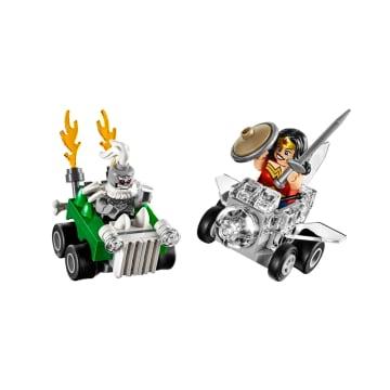 LEGO SUPER HEROES : WONDER WOMAN VS DOOMSDAY_1