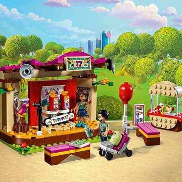 LEGO FRIEND ANDREA PARK PERFORMANCE_3