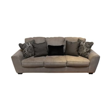 ASHLEY PARLSTON SOFA 3 DUDUKAN_1