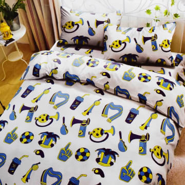 KRISHOME SET SEPRAI DAN BED COVER ANAK FOOTBALL 180X200+30 CM 6 PCS - PUTIH_1