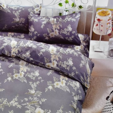 KRISHOME BED COVER FLOWER 210X220 CM - BIRU_1