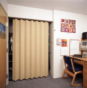 Woodfold 140 Accordion Door
