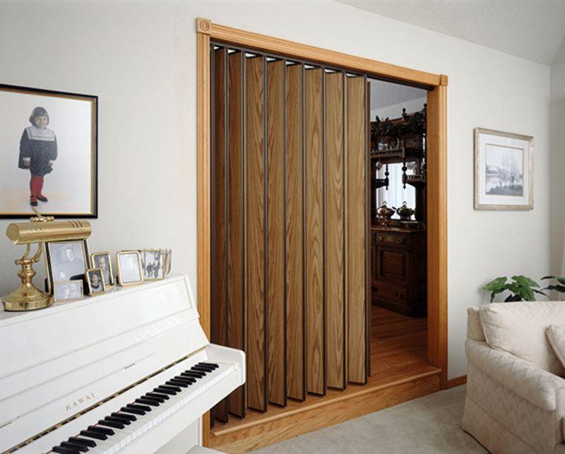 Woodfold 220 Accordion Door