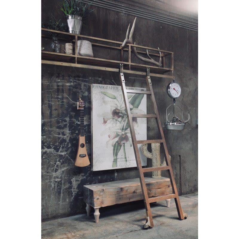Garrick Sliding Ladder