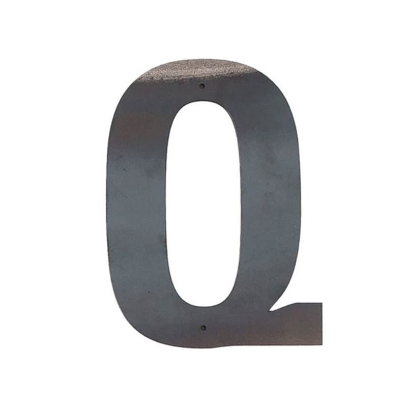 Q Outdoor Letter