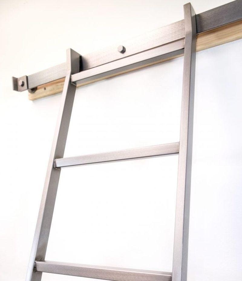 SL.500 SkyHook Library Ladder