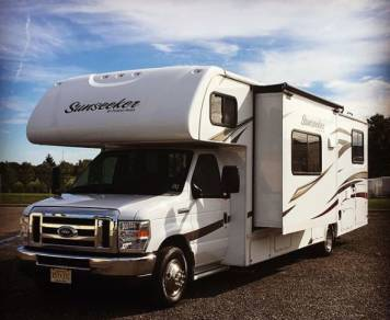 2017 Forest River RV Sunseeker 3170DS Ford