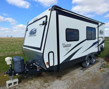 2014 Forest River Coachmen Freedom Express