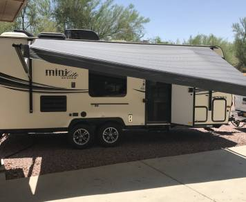 2015 Forest River- Rockwood Mini Lite