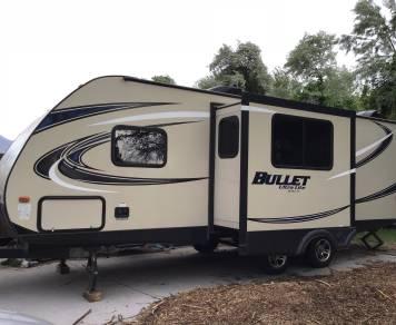 2016 Keystone Bullet 243 bunk house sleeps 8