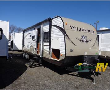 2015 Wildwood by Forest River 31kqbts
