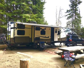 2017 Forest River Surveyor 247BHDS