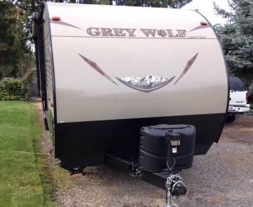 2017 Cherokee Grey Wolf 26RR