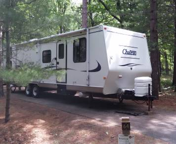 2001 Fleetwood Chateau 33'M with 12' Slideout delivered!