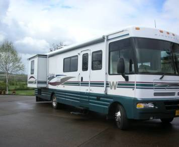 2000 Winnebago, Chieftain
