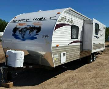2012 Cherokee Forest Grey Wolf 28BH