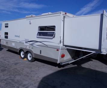2004 Keystone Outback 26RS