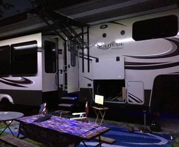 2015 Grand Design Solitude - 5th Wheel