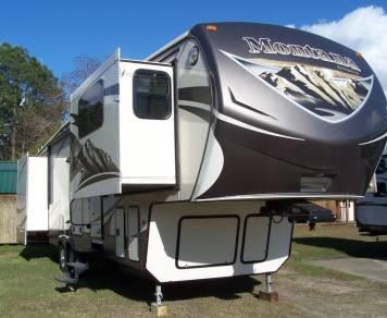 2015 Montana Mountaineer 375FLF