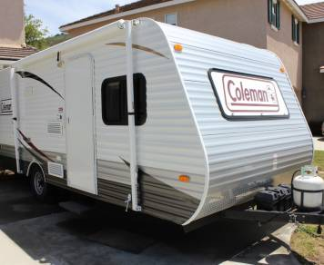2014 Light/Roomy Bunkhouse, Easy Tow!