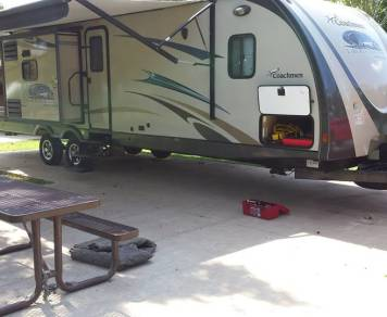 2013 Coachman Freedom Express Liberty Edition 320BHDS