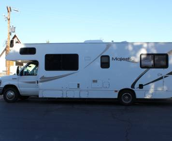 2012 Thor Majestic 28 A