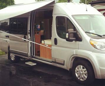2015 Winnebago Travato 59 G *Medford