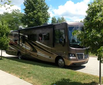 2015 Holiday Rambler Vacationer CLASS A Motorcoach
