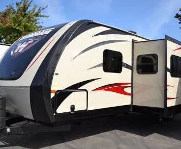 2015 Winnebago Ultralite 28DDBH