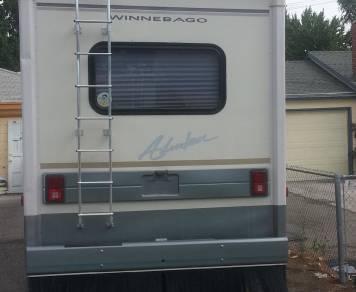 1997 Winnebego Adventure