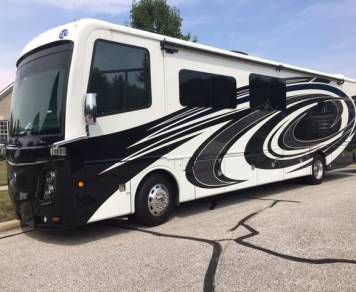 2017 Holiday Rambler Endeavor XE 38K