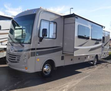 2017 Holiday rambler Admxe 31B