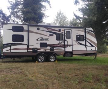 2014 Keystone Cougar 26' Bunk House