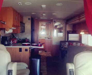 2007 Winnebago Journey SE