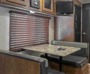 2017 Bunkhouse perfect for Small SUV's going to Key West