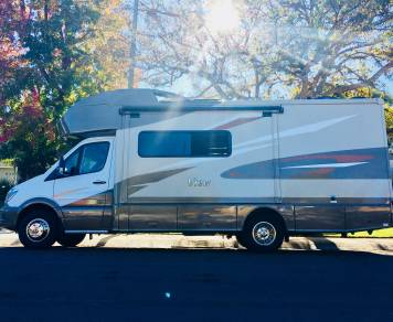 2018 1 Winnebago View 24j