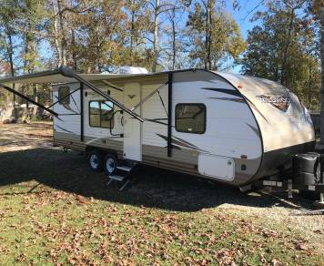 2018 Wildwood by Forest River X-lite 261BHXL