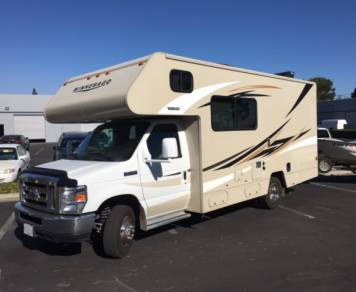 2016 Winnebago Minnie 24 FT
