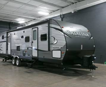 2017 Coachmen Catalina 323BHDSCK