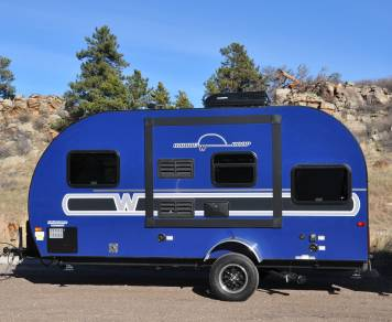 2017 Winnebago Winnie Drop 170k (Blue Thunder)