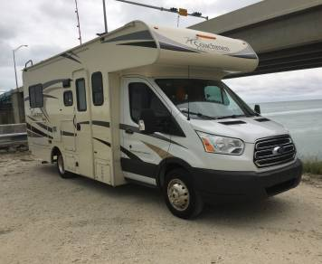 2017 **NEW RV** 23' Rv Rental - Family fun - Class C - Sleeps 5