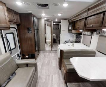 2019 Forest River Sunseeker 3270DSF Bunkhouse